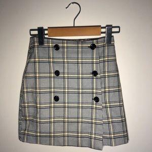 H&M Plaid Buttoned Skirt